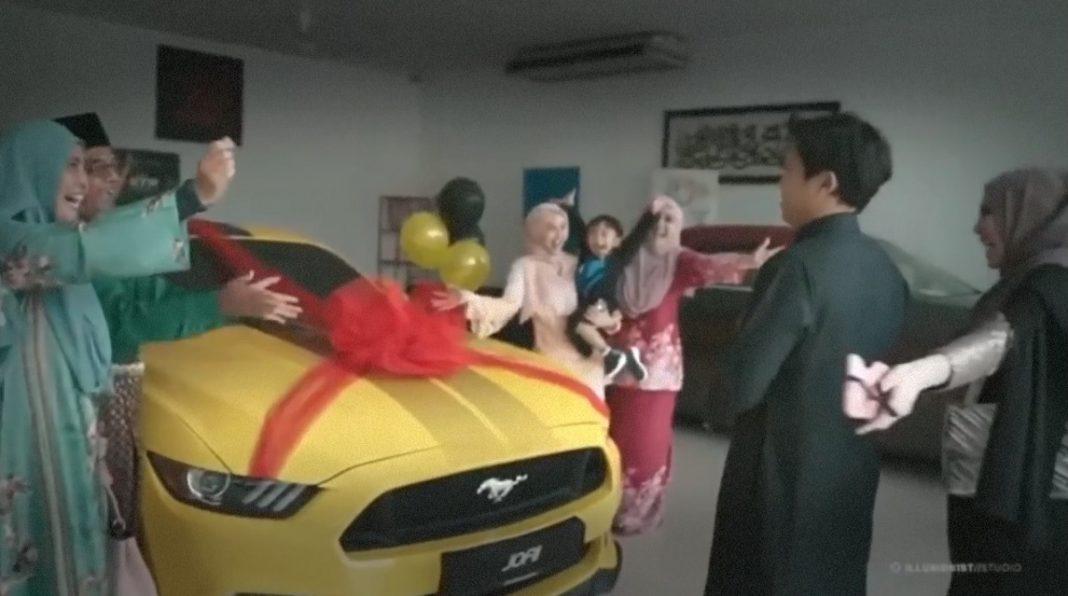 Cik Epal hadiahkan suami kereta Ford Mustang