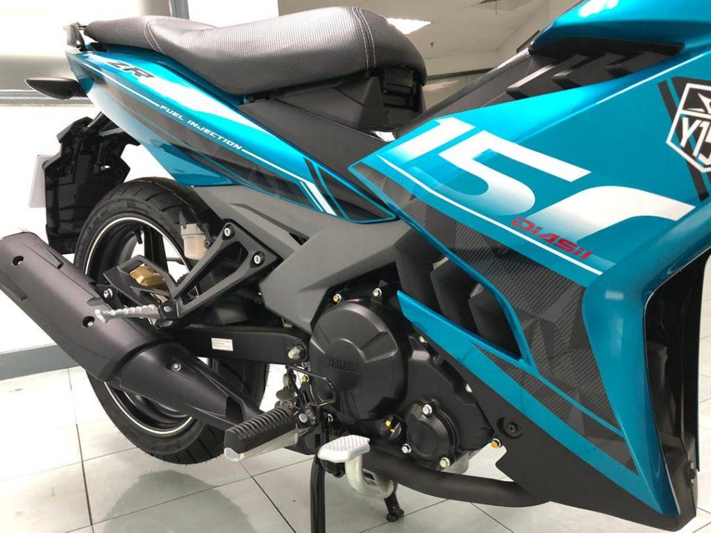 Yamaha Y15ZR v2 - sisi