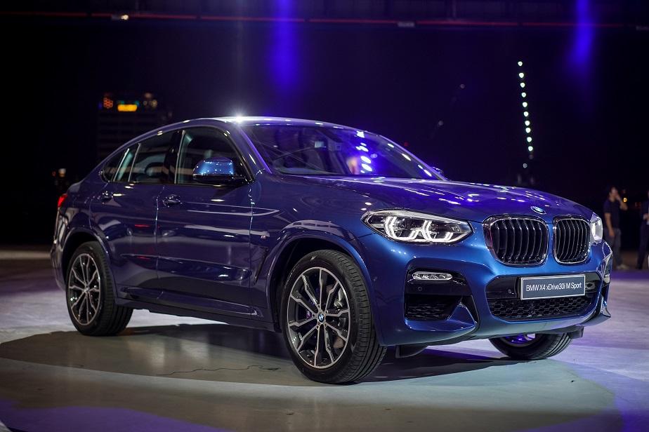 BMW XXX - X4