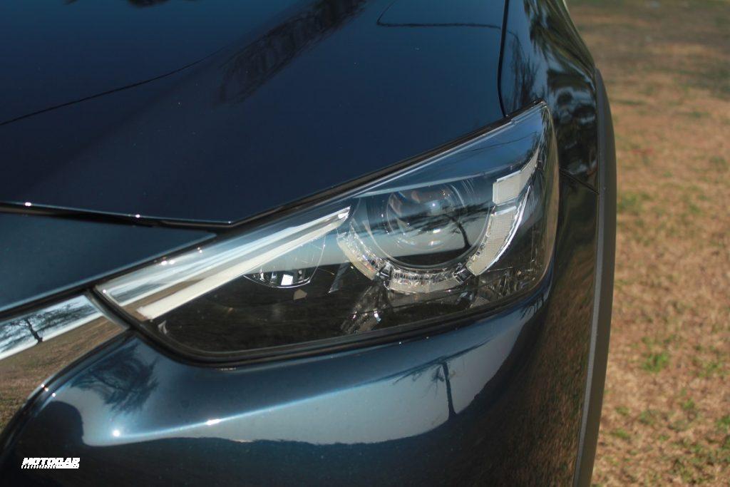 Mazda CX-3 - lampu hadapan