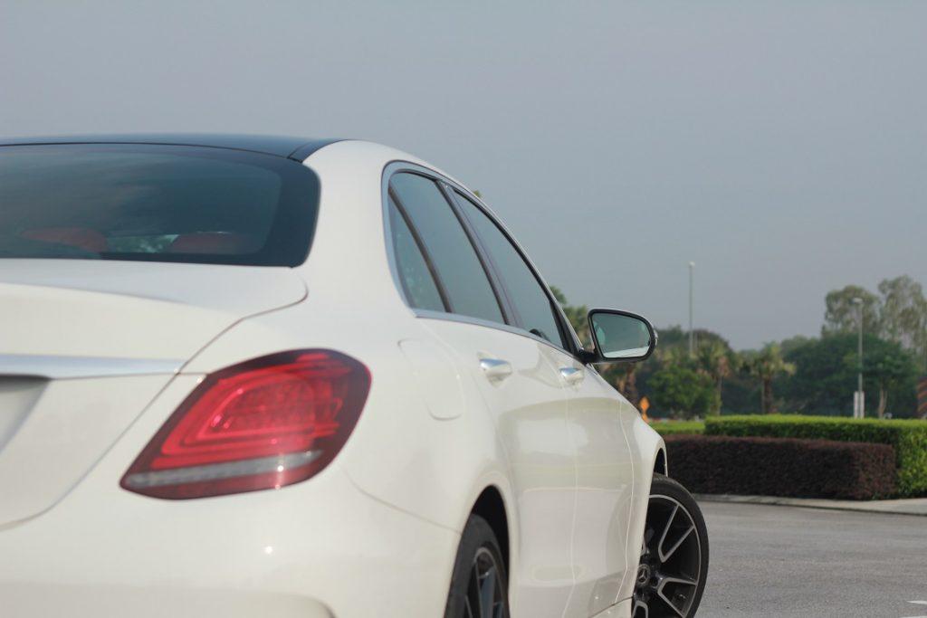 Pandu uji: Mercedes C 300 AMG Line