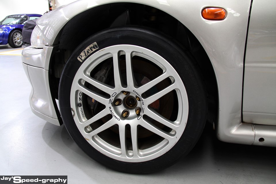 Proton Putra WRC - rim dan tayar