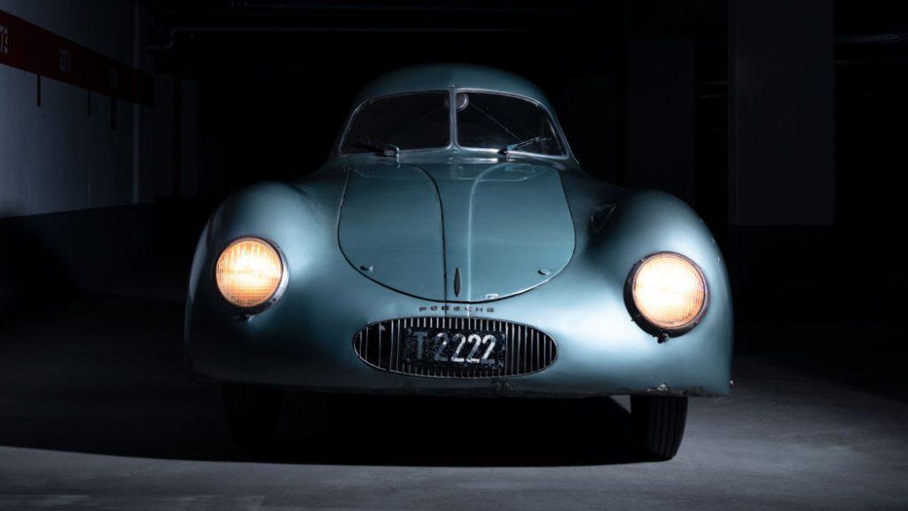pandangan hadapan 1939 Porsche Type 64