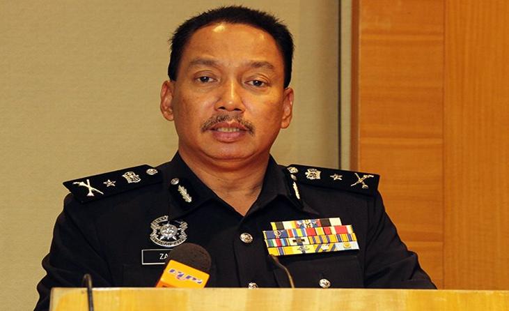 polis menyebat remaja