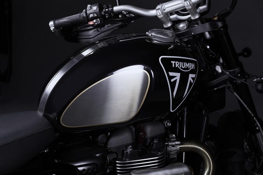 Triumph james bond